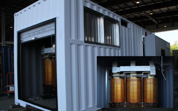 containerized battery system, containerized battery terminal, modular battery system, portable battery terminal